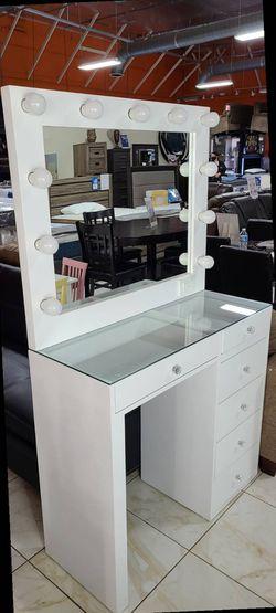 vanity set for Sale in Pomona,  CA