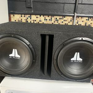 """Two 12"""" W0v3 Subwoofers for Sale in Kissimmee, FL"""
