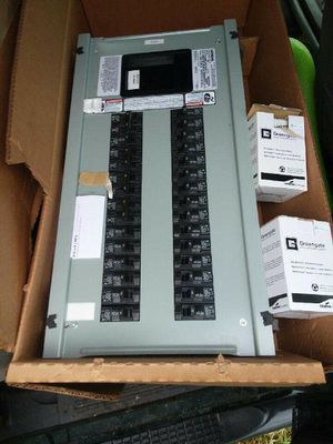 Siemens electric box with all breakers an pannel/door for Sale in Auburndale, FL