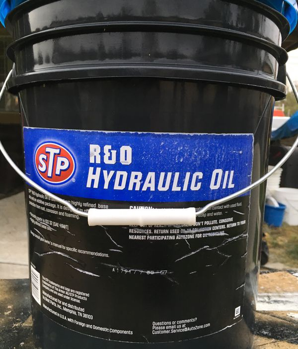 STP Hydraulic Oil for Sale in South El Monte, CA - OfferUp