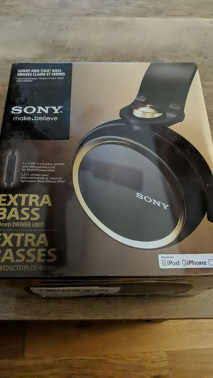 Sony MDR-XB600iP Headphones for Sale in Affton, MO