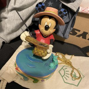 """Walt Disney showcase collection Mickey Mouse """"I'd rather be fishing"""" Figurine for Sale in Seminole, FL"""