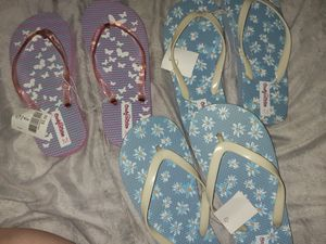 Girls sandals/flip flops for Sale in Fresno, CA