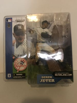 VINTAGE DEREK JETER ACTION FIGURE! COLLECTIBLE! PRICED TO SELL! for Sale in Brooklyn, NY
