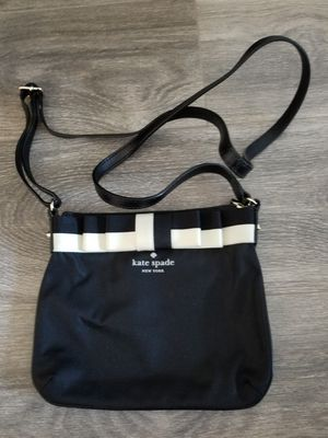 Kate Spade cross body black purse for Sale in Glendale, CA