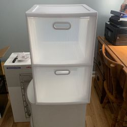 Plastic Storage Containers ( 3 Different Ones) for Sale in Wakefield,  MA