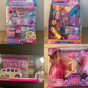 La casa del juguetes for Sale in Colton, CA