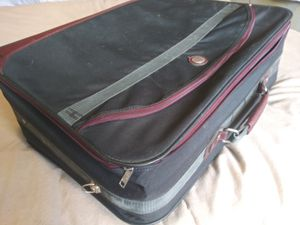 Travel Luggage 19x25x9(53 linear) used for Sale in Riverside, CA