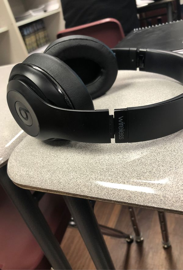Wireless beats studio 3