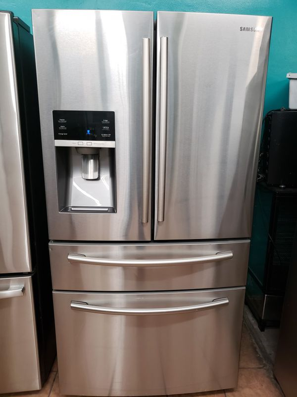 Refrigerator Samsung 4 Door like New