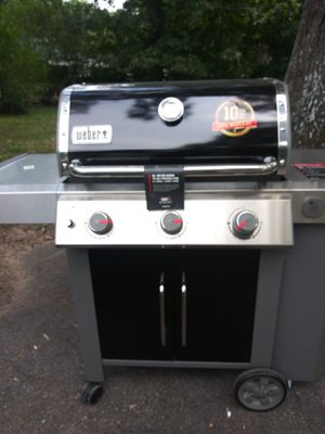 Webber gas grill (stainless) for Sale in Mableton, GA