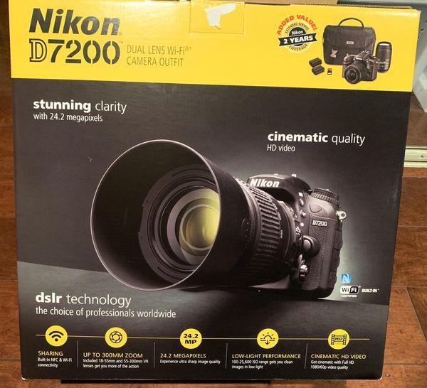 Nikon Black D7200 DX Digital SLR Camera with 24.2 Megapixels