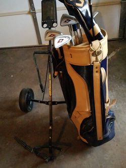 Golf Bag, Clubs, Hand Cart for Sale in Evanston,  IL