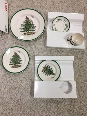 Spode CHRISTMAS TREE 5 Piece Place Setting New In Box S3324 Made in England for Sale in Roscoe, IL
