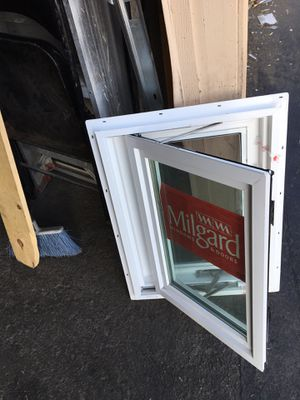 Brand new tempered glass window come with screen for a great price yes still available 171/2. X231/2 for Sale in Anaheim, CA