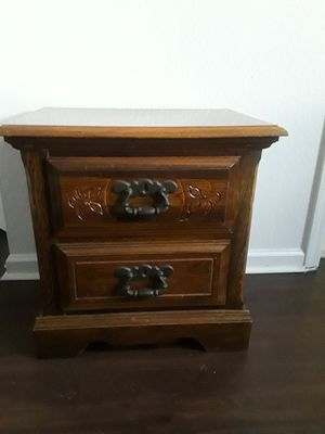 Night stand for Sale in West Palm Beach, FL