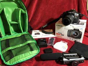 Canon WiFi / EOS Rebel T6 Camera + Microphone & Bag extras DSRL - 18MP Video & Photo Digital Camera for Sale in League City, TX