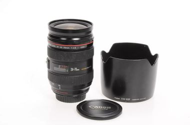 Canon 24-70 2.8 EF L lens for Sale in Wenatchee,  WA