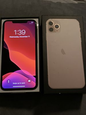 iPhone 11 pro max 64 gigs for Sale in Inglewood, CA