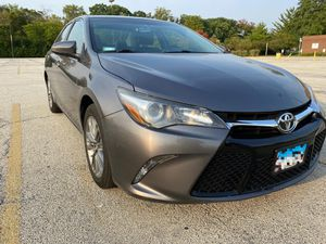 Toyota Camry SE 2.5 for Sale in Chicago, IL