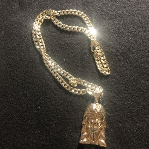 "14kmgl (gold-filled not plated or stainless ) Jesus pendant with 7mm 24"" diamond cut cuban link chain , includes warranty for Sale in Tampa, FL"