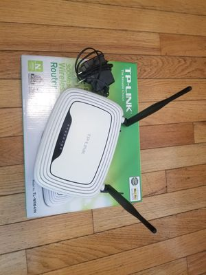 Tp-Link wifi router for Sale in Malden, MA