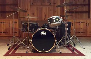 DW Collector's Series 4 Piece Maple Drum Set Black Ice for Sale in New York, NY