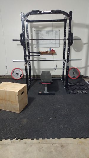 Powertec Gym: rack with dip station, bar, 245 lbs, bench for Sale in Elk Grove, CA