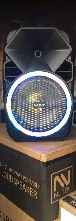 Rechargeable Bluetooth speaker/eight inch speaker/fm radio/aux input/USB slot and SD port/includes microphone!! New in box! for Sale in Moreno Valley, CA