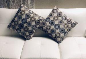 ⭐️New Accent throw pillow set(2) PICK UP BY ASHLAN AND TEMPERANCE IN CLOVIS for Sale in Clovis, CA