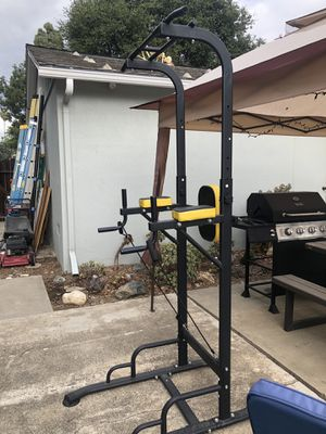 Pull up and dip bar set for Sale in Tustin, CA