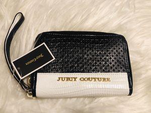 Wristlet Wallet for Sale in Los Angeles, CA