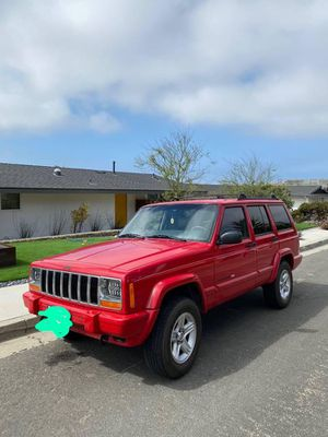 2001 jeep Cherokee limited xj for Sale in Lynwood, CA