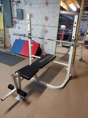 Weider Weight Bench with Olympic Bar for Sale in Addison, IL
