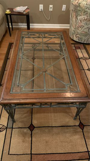 Coffee table for Sale in Hamilton Township, NJ