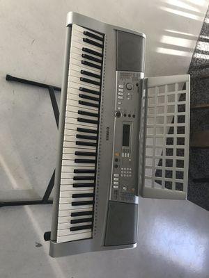 Yamaha portatone keyboard YPT-300 for Sale in Miami, FL