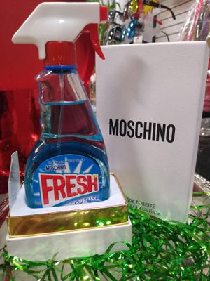 Moschino perfume for woman 💯% Authentic yes ! It's a perfume for Sale in Peoria, AZ