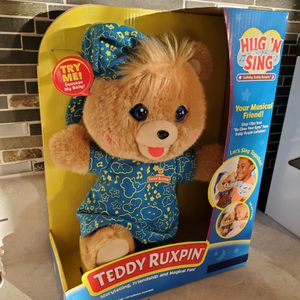Brand New Teddy Ruxpin Hug And Sing for Sale in Phoenix, AZ