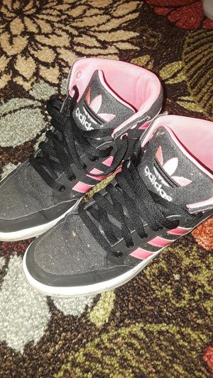 6 1/2 Adidas for Sale in Clairton, PA