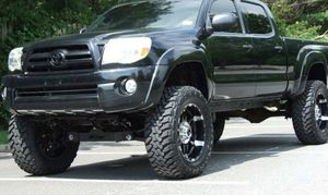 Suspension class: Regular 2005 Toyota Tacoma for Sale in Traverse City, MI