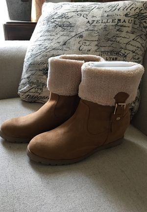 Brand New Tommy Hilfiger Suede Boots Sz 11M for Sale in Stafford Township, NJ