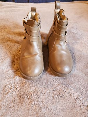 💜Toddler girl Tan boots size: 11 for Sale in East Los Angeles, CA