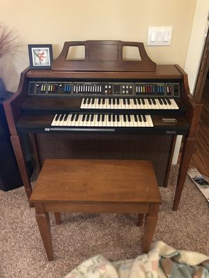Electric organ for Sale in Beaverton, OR