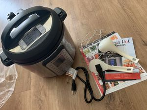 Instant Pot duo plus 60 for Sale in Northbrook, IL