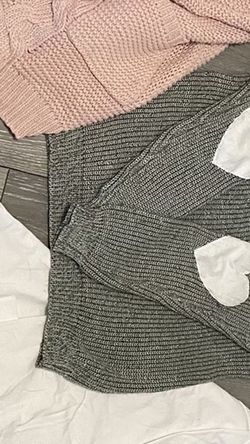 Cardigan, Sweater, Shirts, Jeans, Pants, Sports Bra for Sale in Oro Grande,  CA