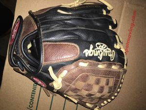 Rawling softball glove 12 1/2 in for Sale in Monrovia, CA