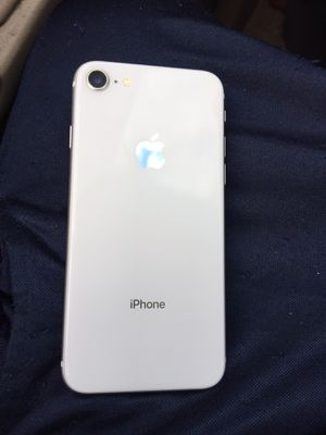 IPHONE 8(NOT THE PLUS) 64GB T-MOBILE/METRO PCS CLEAN IMEI FIND MY IPHONE OFF PHONE IS USED PHONE ONLY 250 CASH for Sale in Homestead, FL