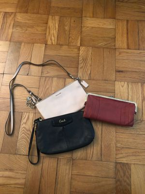 Coach leather wristlet/crossbody & leather Roxy wallet for Sale in Alexandria, VA