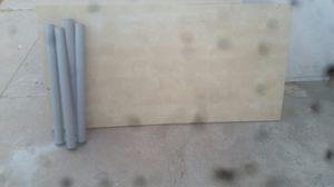 Free table. Mesa Gratis. for Sale in Riverside, CA