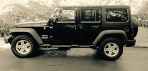 2013 Jeep Wrangler Unlimited for Sale in Kissimmee, FL